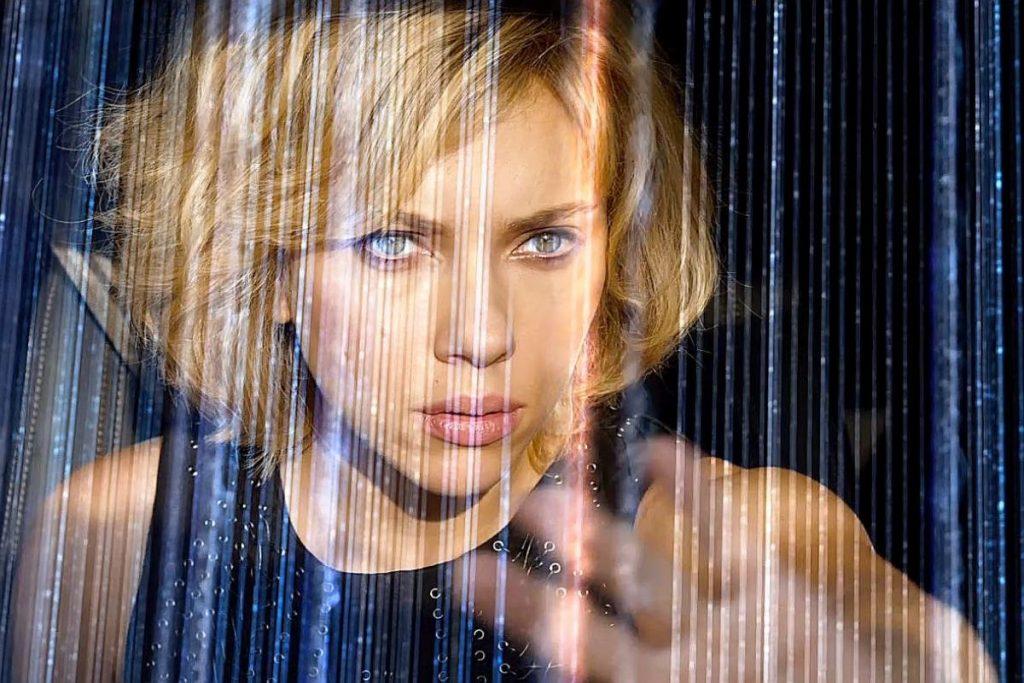 Lucy filminin konusu ne? Oyuncu kadrosunda kimler var?